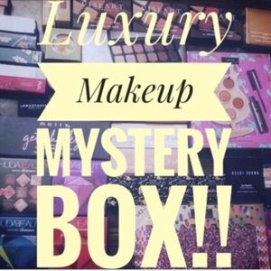 ‼️LUXURY MAKEUP MYSTERY BOX ‼️